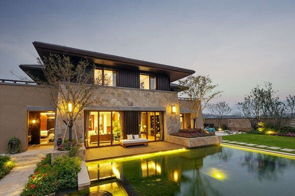 Luxury Real Estate Listings