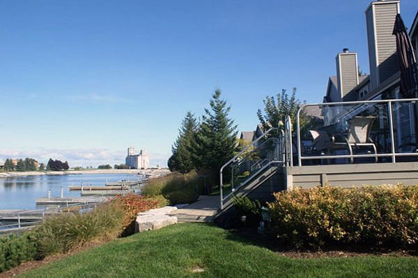 Waterfront Real Estate Listings