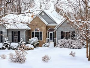 How to Improve Your Curb Appeal During the Winter Months